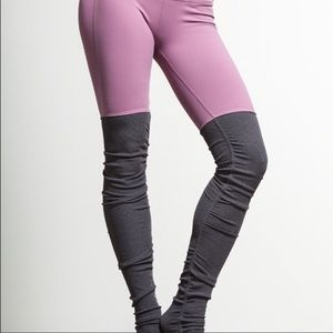 AloYoga Goddess Legging In Mauve Pink/Lilac Purple